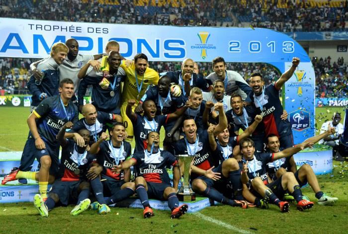 """Résultat de recherche d'images pour """"trophée des champions 2013"""""""